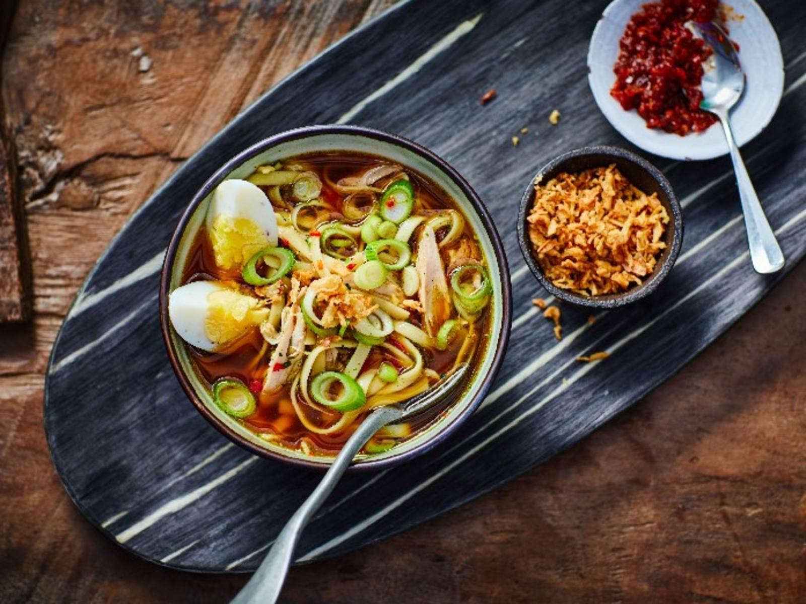 Bami soep (Ramensoep)