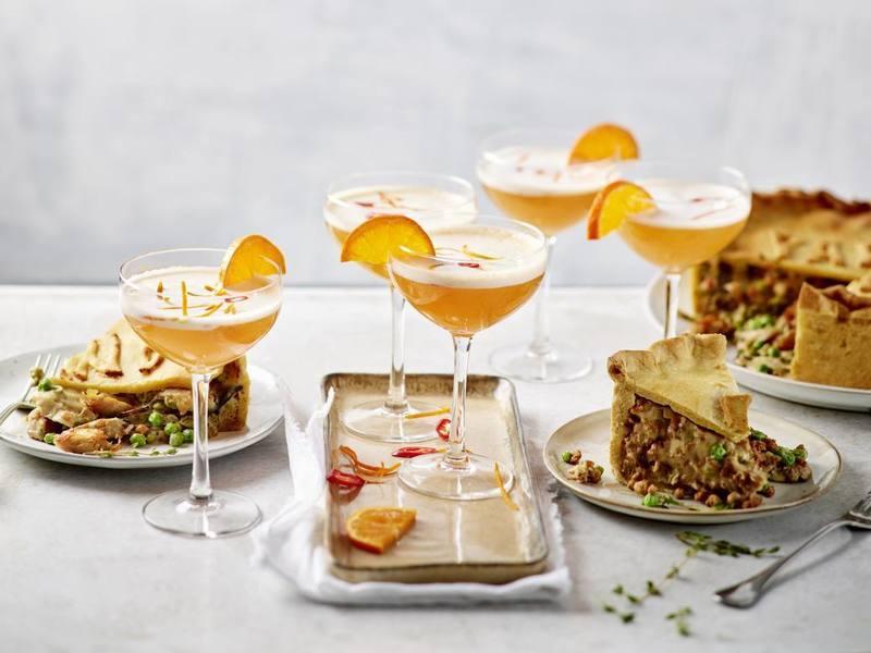 "Pastel de ""carne"" vegano y mocktails de mandarina y jengibre"
