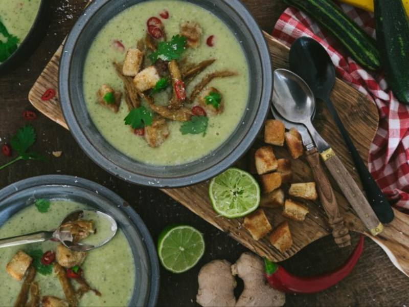 Courgette soup recipe with coconut and Chicken Chunks