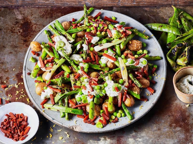 Vegan groene lentesalade met Geroockte Speckjes