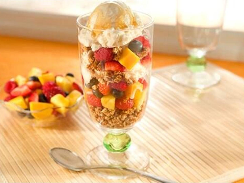 Fruit, Ice Cream & Granola Parfaits