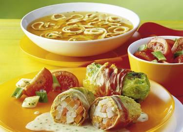 Knorr - Gemüse-Kohl-Röllchen auf Käsesauce