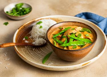Curry vegano con Rebeldes de Corral y arroz