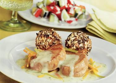 Knorr - Schweinsfilet mit Gemüsestreifen und steirischen Kürbiskernknödeln