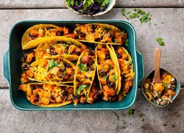 Knorr - Gratinierte Tacos mit Süsskartoffeln und schwarze Bohnen
