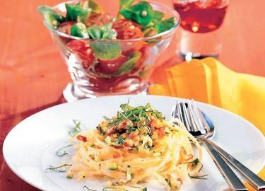 Knorr - Spaghettinester mit Paprika-Zucchinigemüse