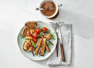 Vegetarisch English breakfast met Little Willies en Geroockte Speckjes