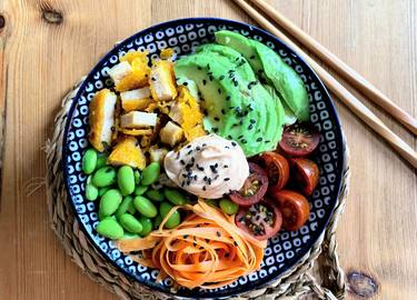 Poke Bowl con Nug-get's party! vegano