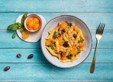 Knorr - Penne mit Thunfisch, schwarzen Oliven und orangen Tomaten