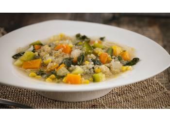Sopa de verduras con Quínoa.