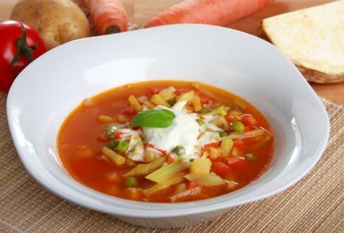 Knorr - Gemüsesuppe mit Weißkraut, Erbsen und Fisolen