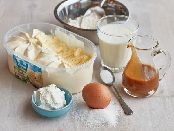 Hoe 'Ricotta pancakes met vanille ijs' bereiden.