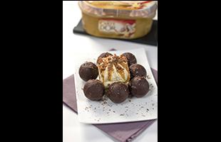 Coeurs moelleux chocolat enrobés de glace vanille
