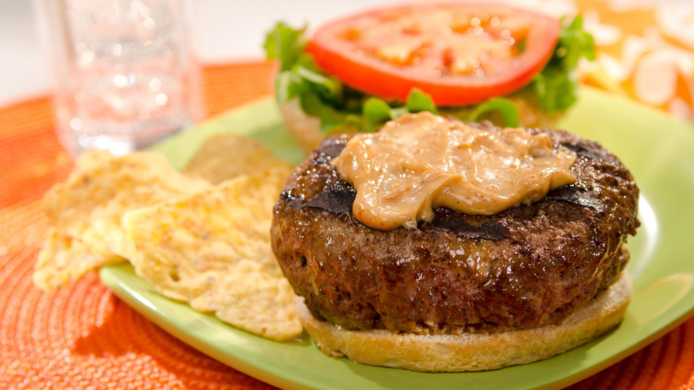 Burgers with Spicy Mayo Recipe