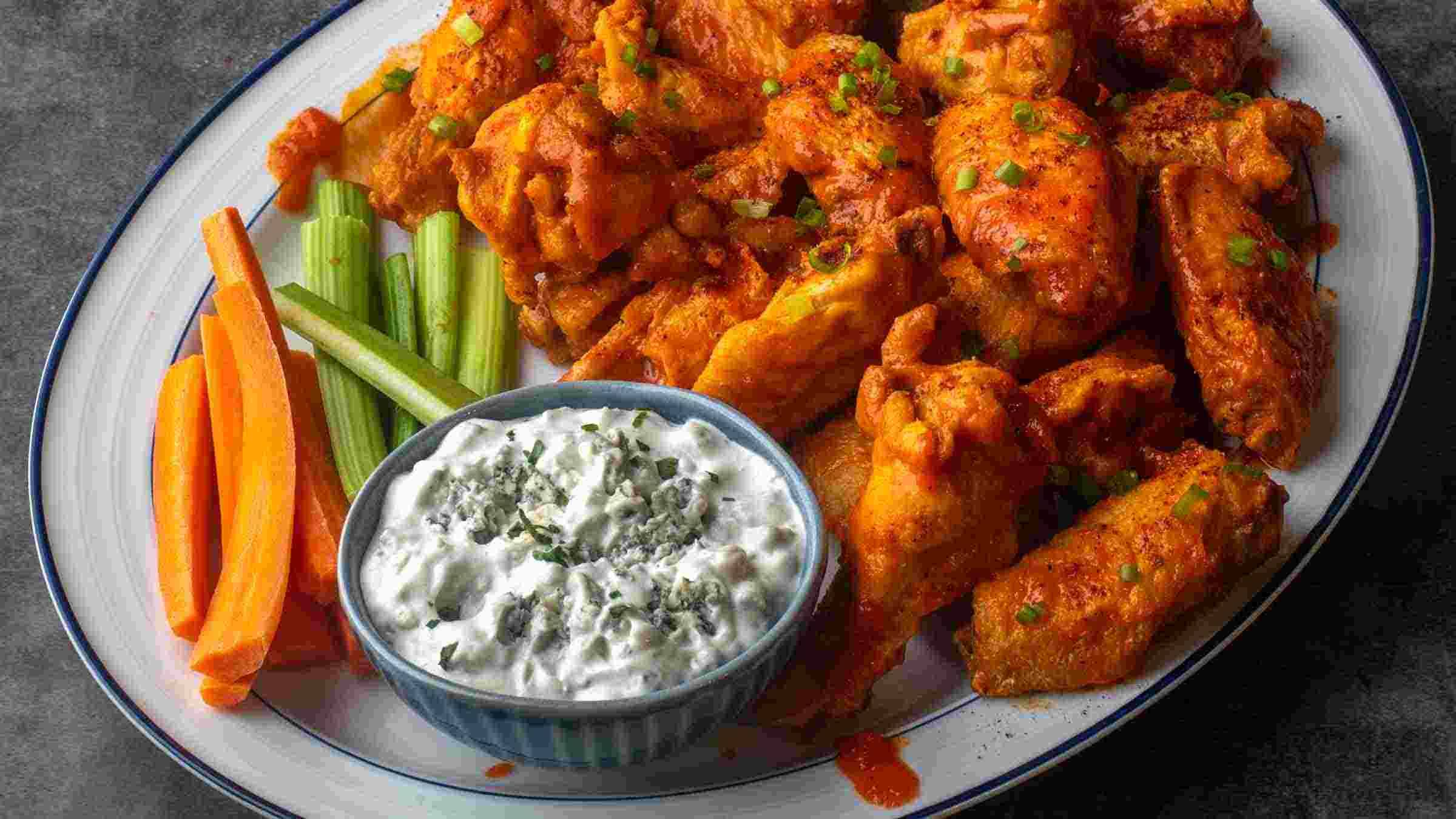 Buffalo Chicken Wings with Creamy Blue Cheese Dip