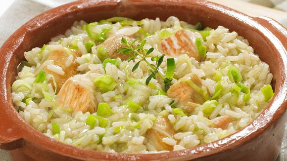 CAZUELA DE ARROZ INTEGRAL Y POLLO