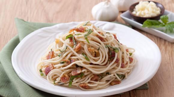 Bacon and Garlic Pasta Recipe