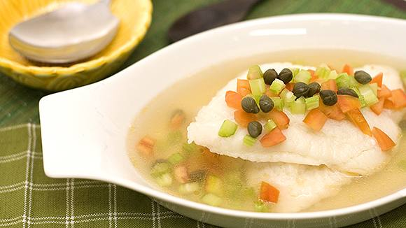Tasty Poached Cream Dory in Sour Soup Recipe