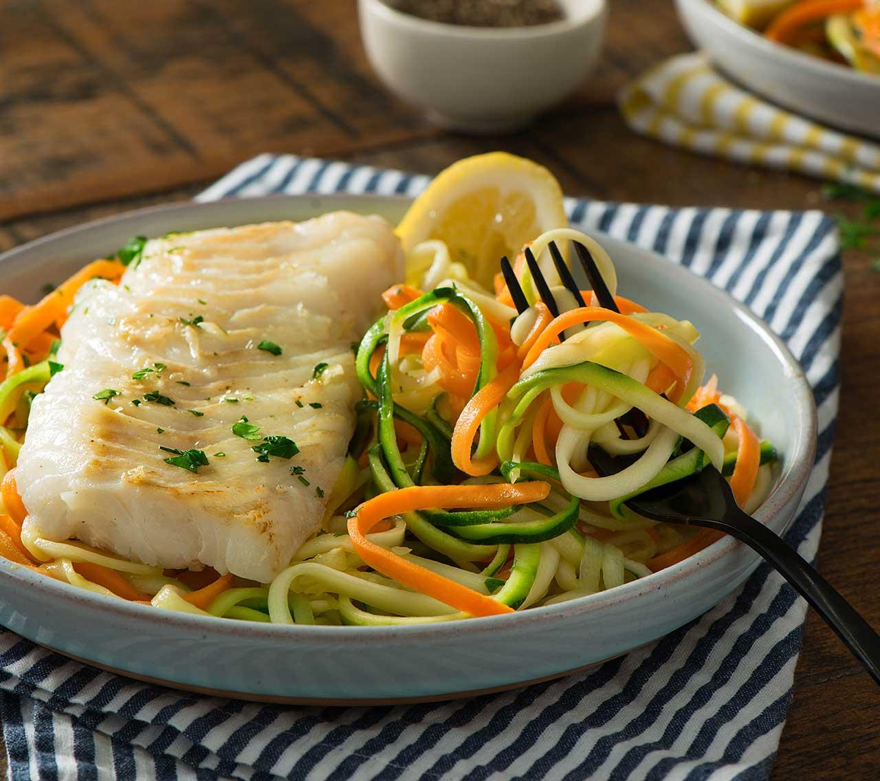 Morue citronnée sur spaghetti aux légumes