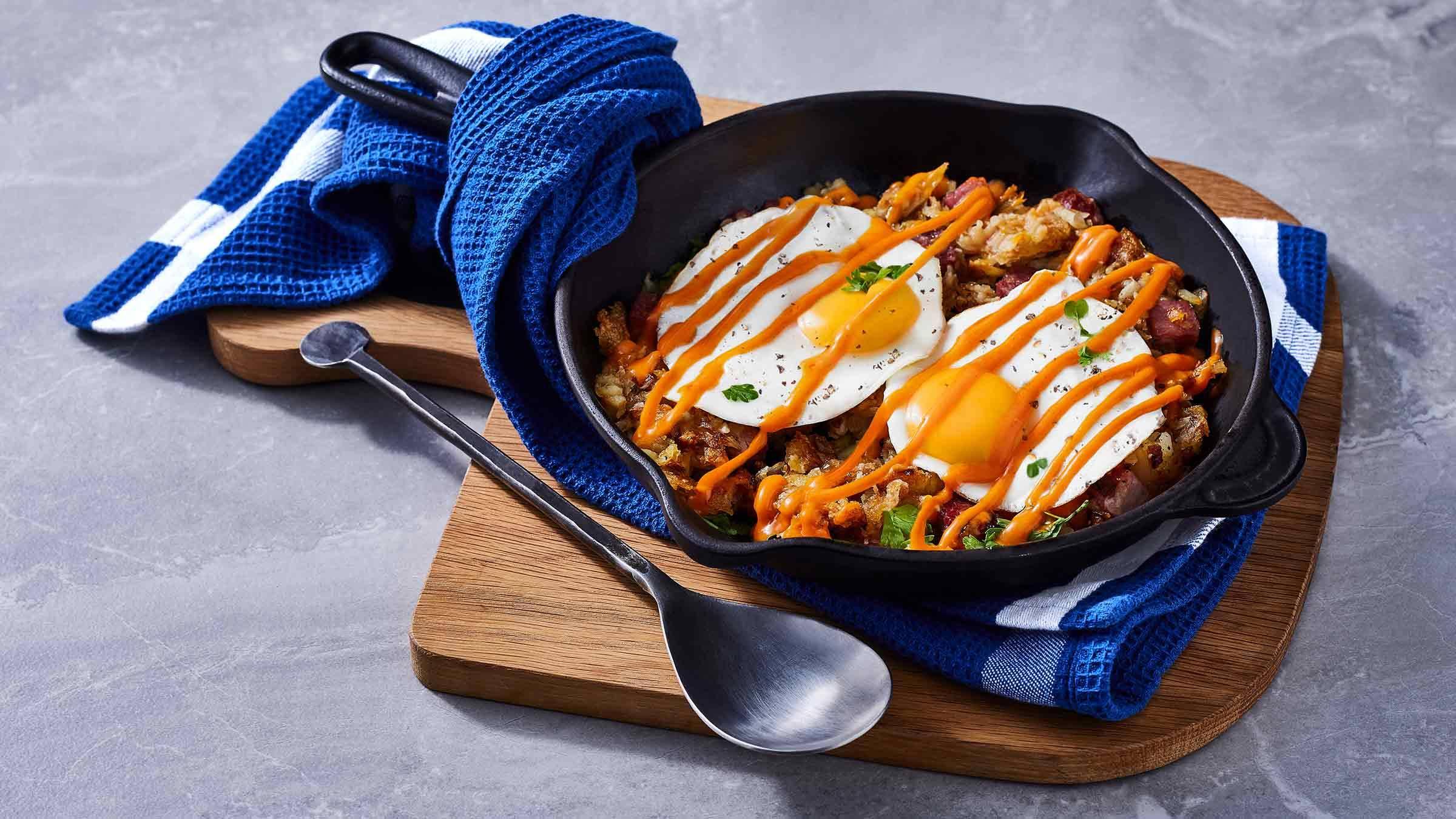 Corned Beef Hash and Eggs with Creamy Sriracha Sauce
