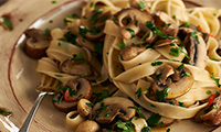 Tagliatelle Pasta Recipe with Garlic Mushrooms