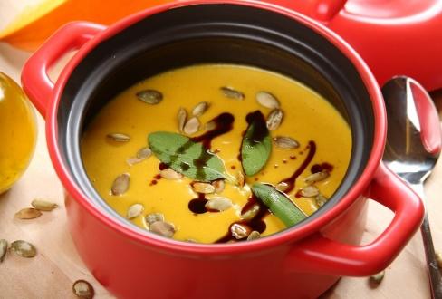 Knorr - Kürbissuppe mit Zucchini