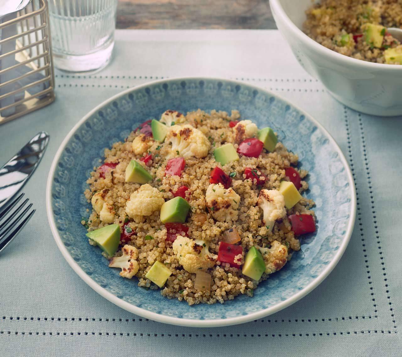 Salade de chou-fleur et quinoa au miel et à la lime