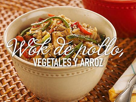 Wok de pollo, vegetales y arroz con un toque de Savora