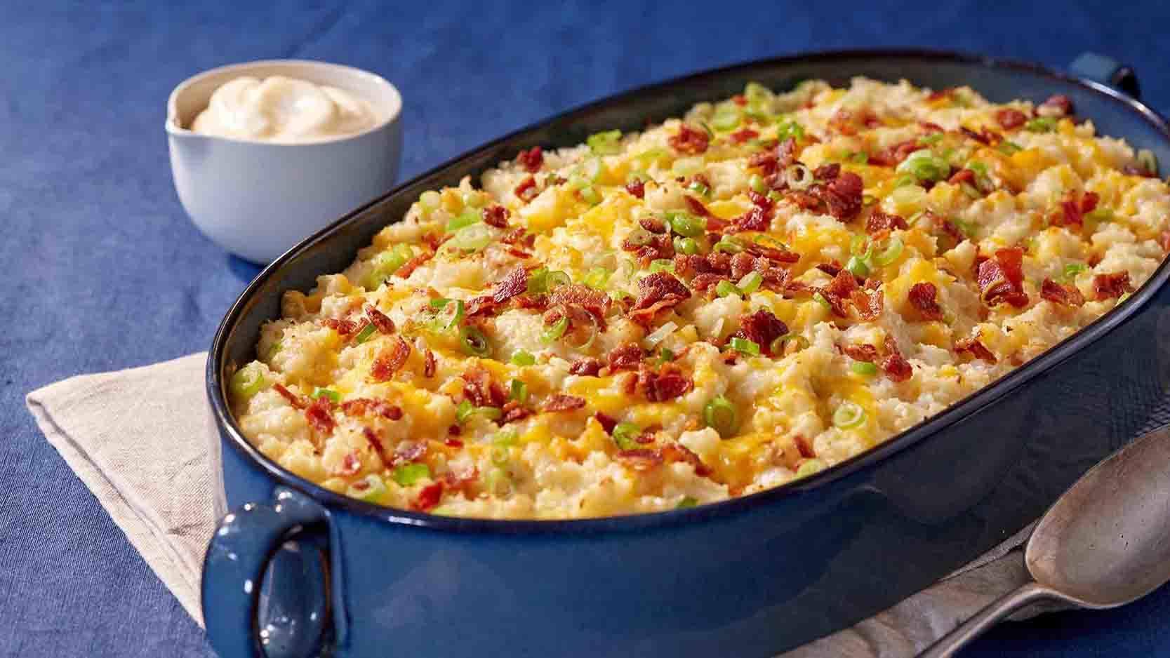 Rich & Creamy Loaded Mashed Cauliflower Recipe