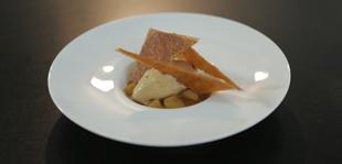 Poires caramélisées, croustillant et caramel