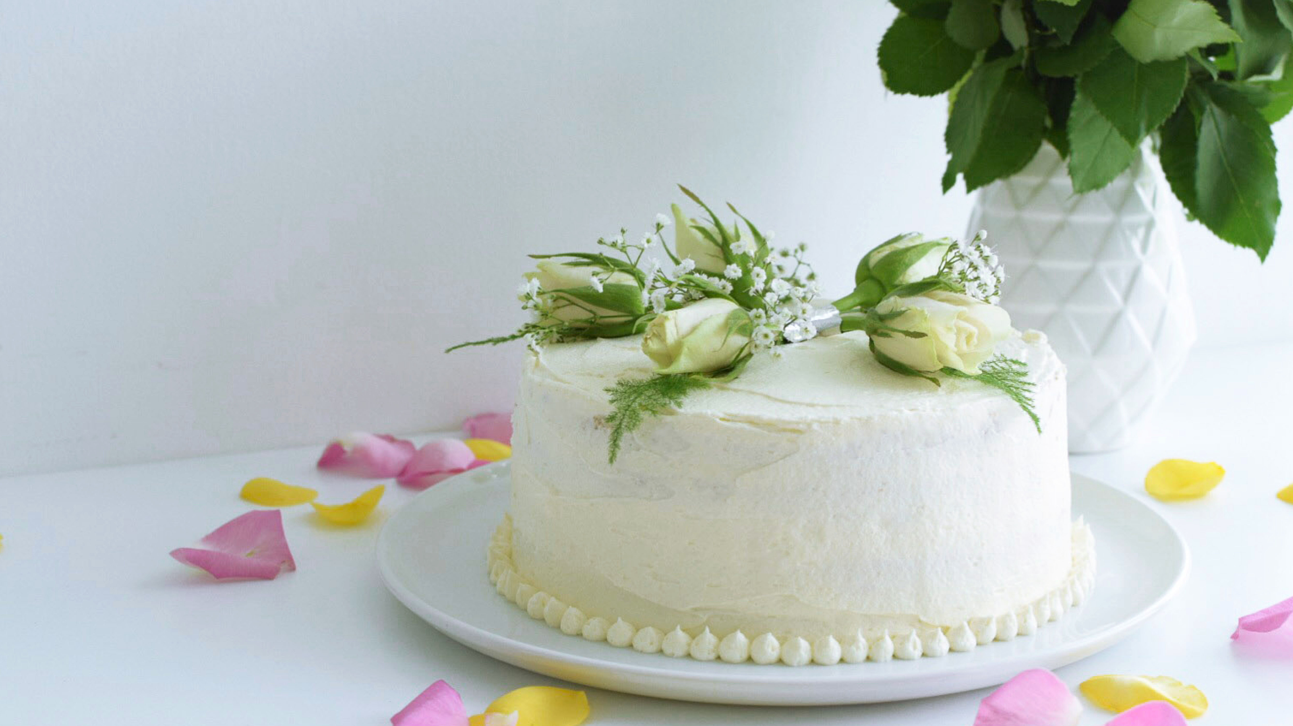 Elderflower and Lemon Curd Celebration Cake
