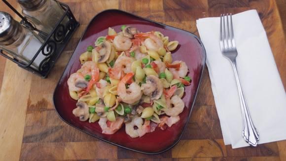 Creamy Garlic Shrimp & Pasta
