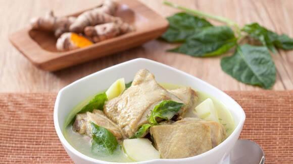 Ginataang Manok sa Luyang Dilaw Recipe