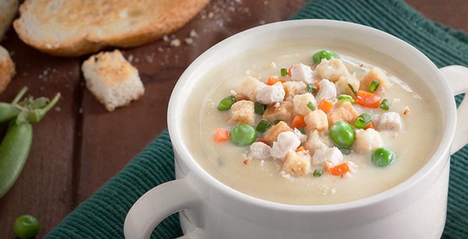ซุปครีมไก่และขนมปังกรอบ