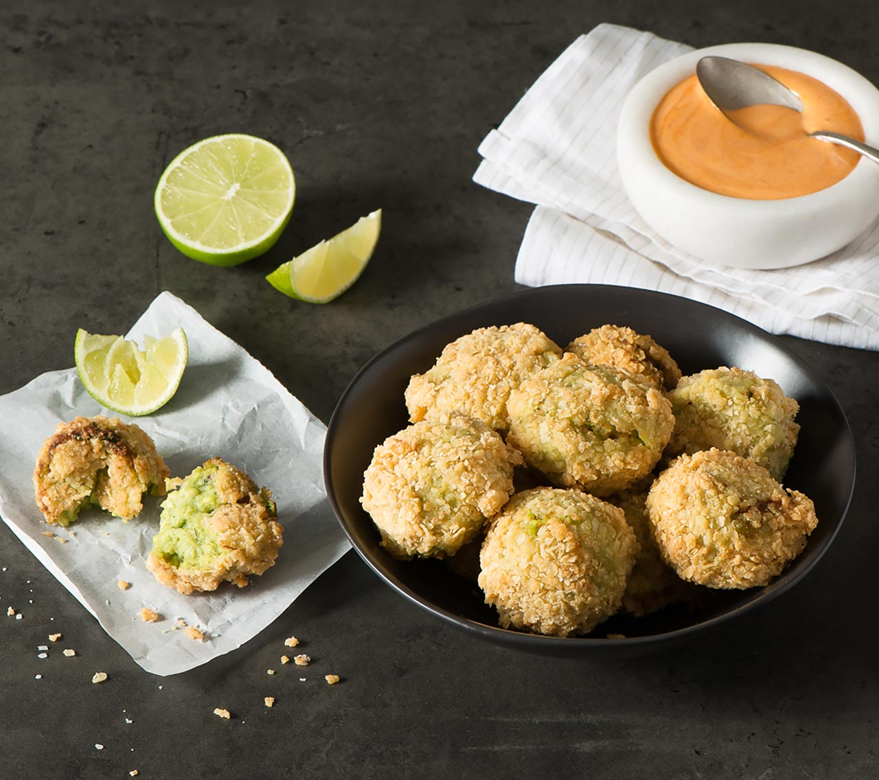 Crunchy Guacamole Bites with Salsa Rosa Dip