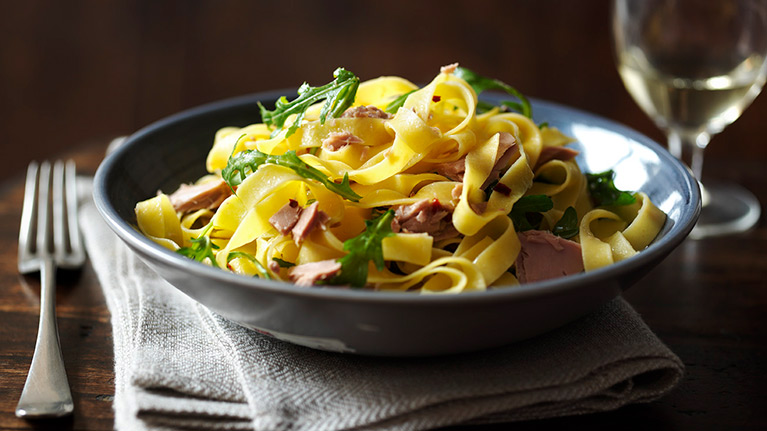 Pasta with Tuna, Rocket and Chilli