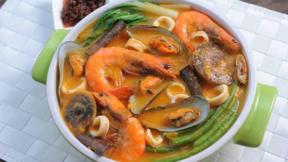 Seafood Kare-Kare Recipe