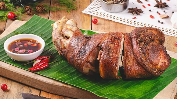 Crispy Pata With Knorr Liquid Seasoning Vinegar Dip
