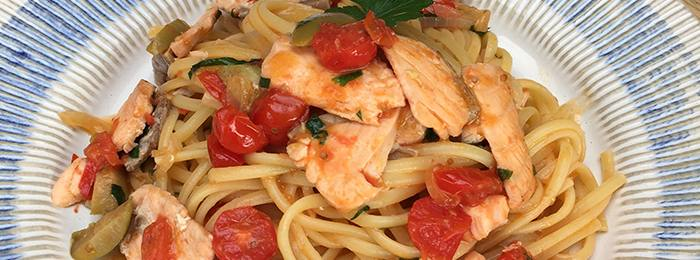 Linguine with Fresh Salmon