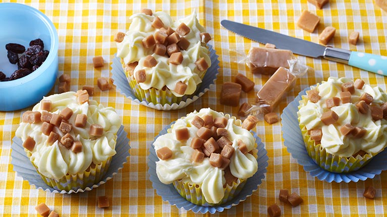 Raisin & Fudge Cupcakes