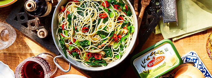 Garlic, Greens and Chilli Spaghetti