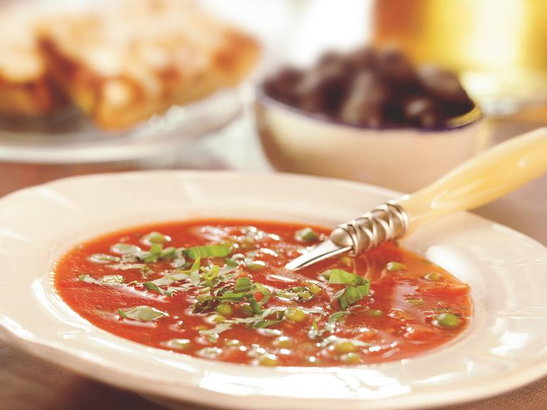Verse tomatensoep met geitenkaascrostini