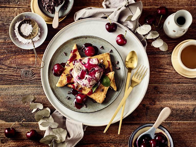 Cremissimo Schwarzwälder Kirsch French Toast