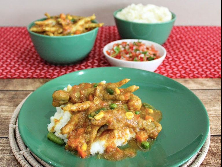 Chicken Feet With Mixed Vegetable Sishebo