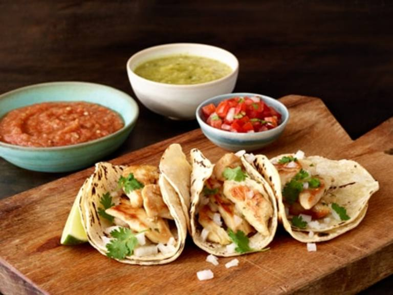 Knorr® Chicken Tacos with Pico de Gallo