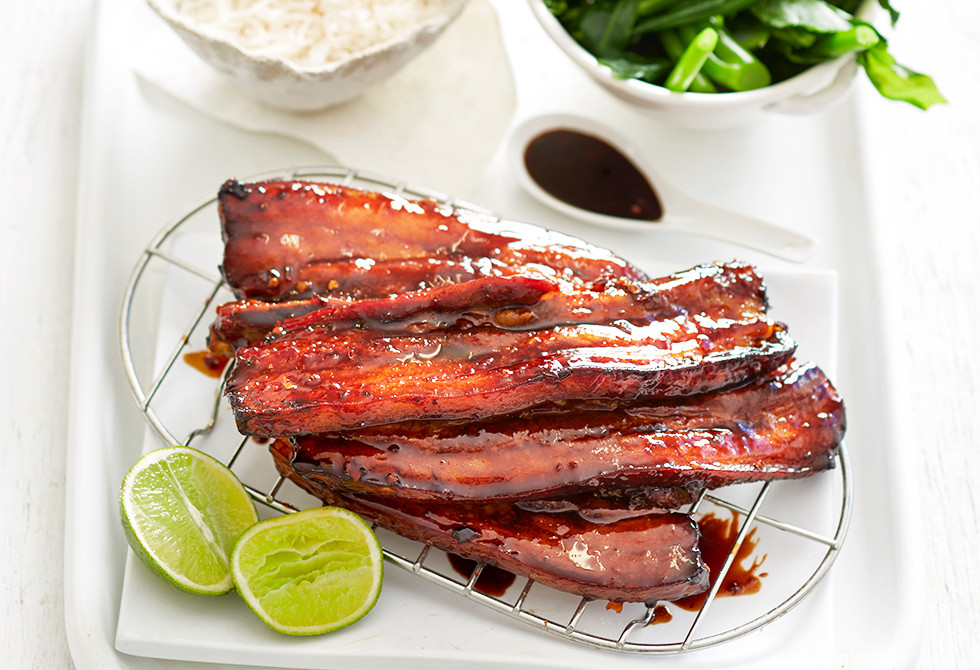 how to make sticky pork ribs