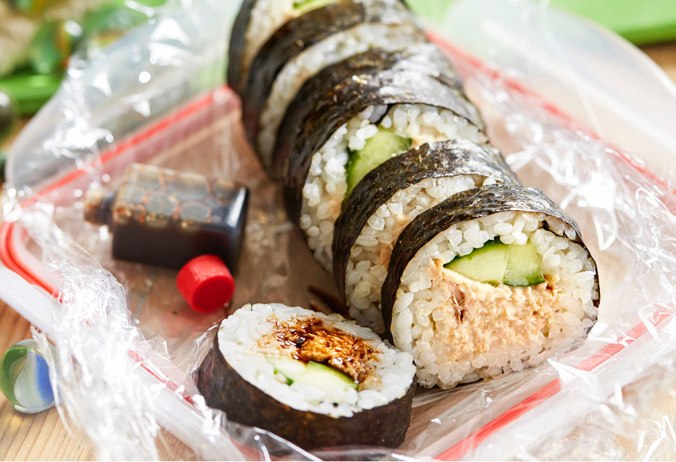 Tuna & cucumber sushi rolls Recipe | Foodiful
