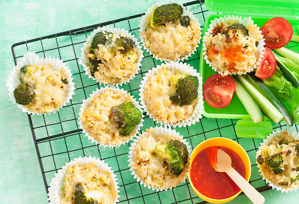 Brown rice & broccoli cakes