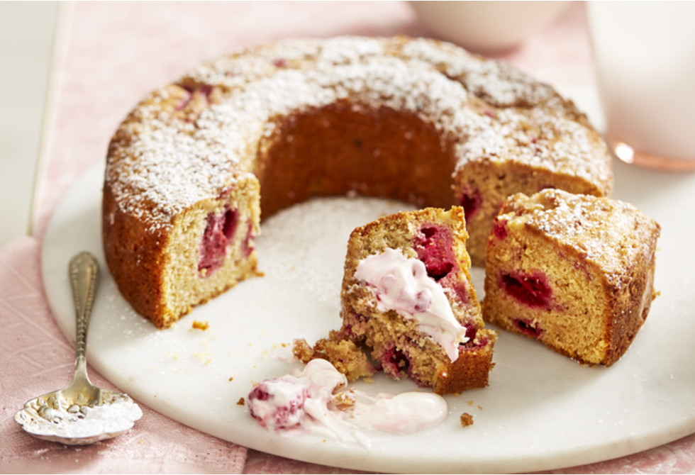 Raspberry buttermilk cake Recipe | Foodiful