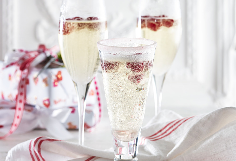 Raspberry and elderflower Champagne cocktails